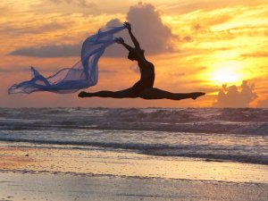 dancer-leap-beach